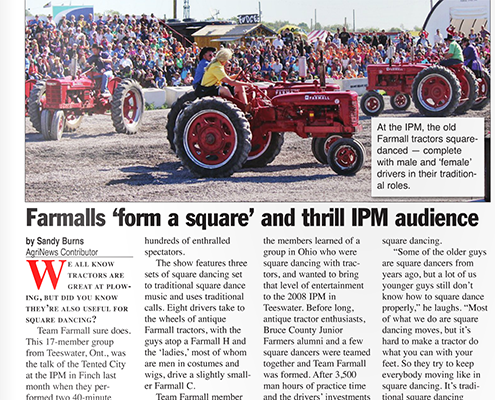 Farmers 'form a square' and thrill IPM audience